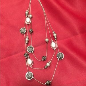 Jewelry - Black and silver 3 strand necklace